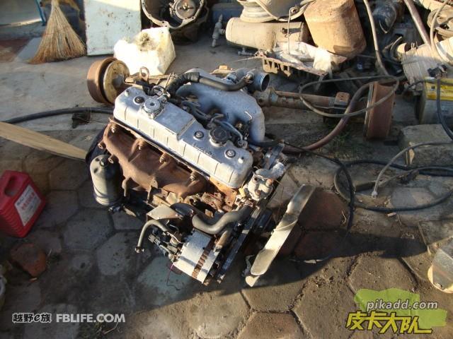 五十铃4jb1柴油发动机